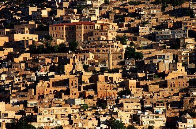 Tarihi Mardin Evleri