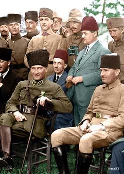 Atatürk Renkli Resmi