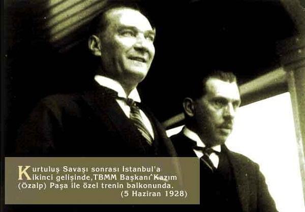 Atatürk Gülen Resmi