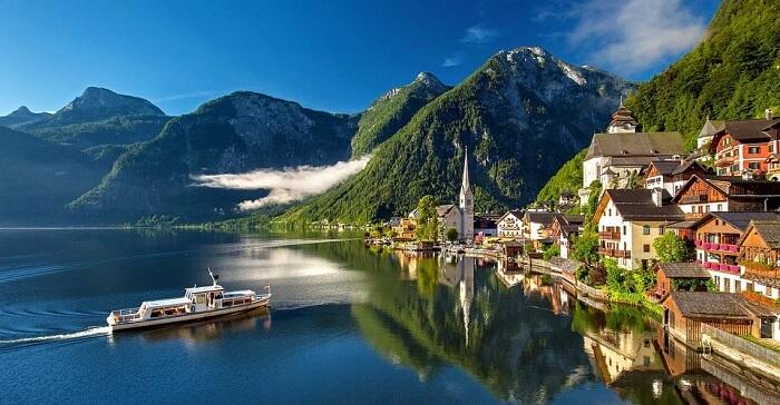 Avusturya Hallstatt Bergsee Gölü