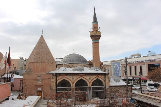 Pîri Mehmed Paşa Camisi