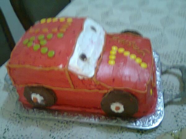 Erkek Çocuklar İçin Araba Pasta Tarifi