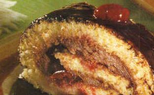 Vişneli Çikolatalı Rulo Pasta