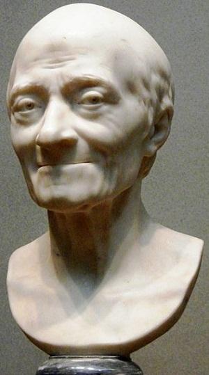 Ünlü filozof Voltaire'nin Heykeli