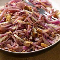 Sıcak Kırmızı Lahana Salatası Tarifi