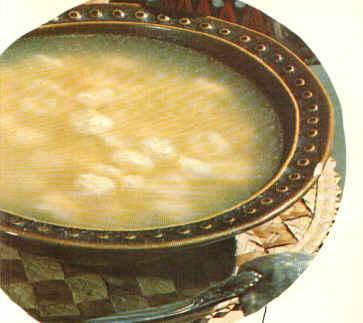 Lor Peynirli Köfte Çorbası