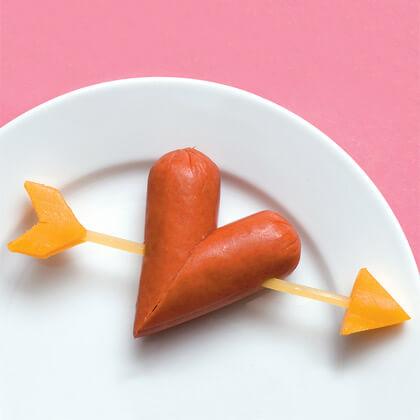 Sevgililer Günü Kahvaltısı İçin Sosis Kalp Tarifi