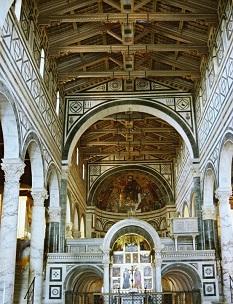 Santa Maria Novella Kilisesinin içi