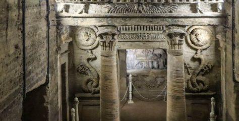 İskenderiye Kom es-Shoqafa Yeraltı Mezarları Hakkında Bilgi