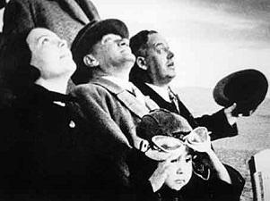 İstikbal Göklerdedir - Atatürk