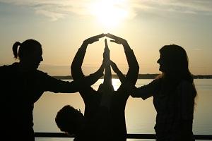 Barış ile ilgili kompozisyon / yazı