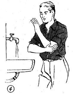 4-Dirseği biraz aşacak şekilde önce sağ kol, sonra sol kol üçer kere yıkanır.