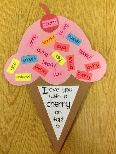 Okul ncesi anneler g n etkinlikleri for Friendship crafts for 2 year olds