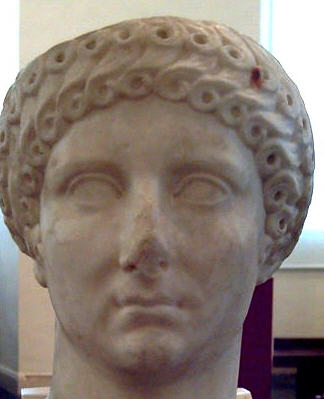 Yaşlı Agrippina