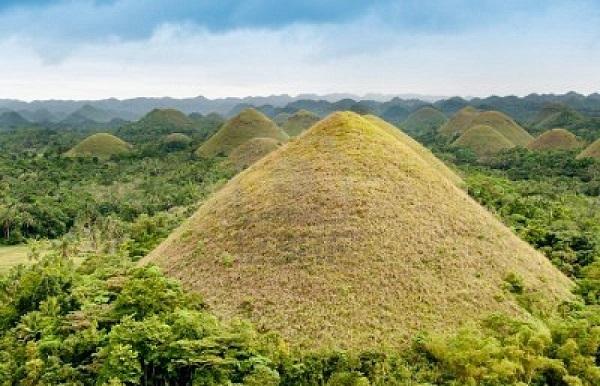 Çikolata Tepeleri - Filipinler