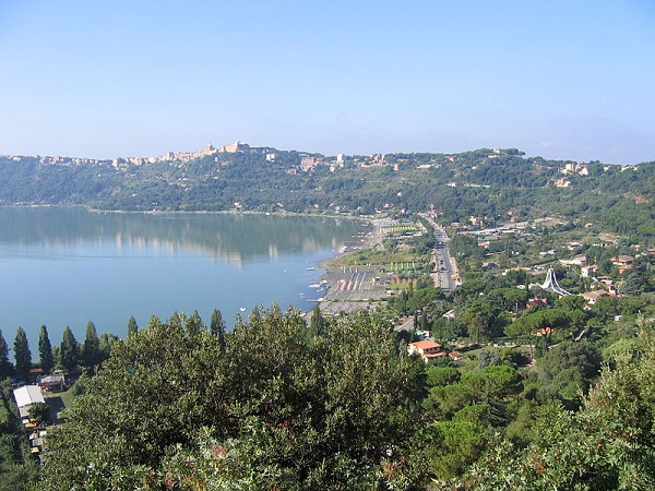 Albano Gölü