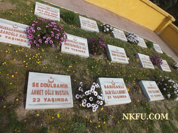 Şehitlerimizin temsili mezar taşları
