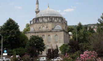 Pertev Paşa Camii