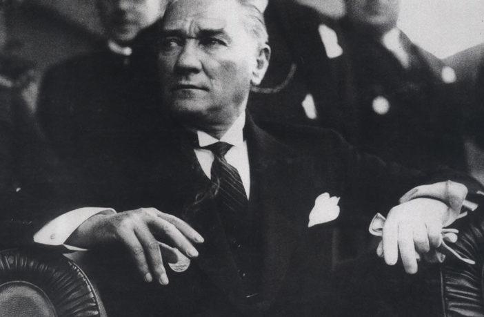 Ulu Önder Gazi Mustafa Kemal Atatürk