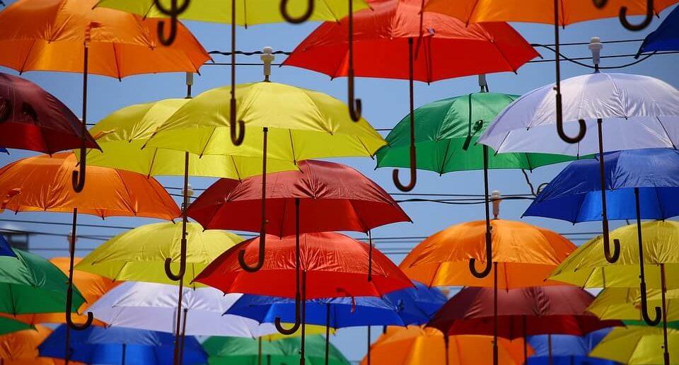 renkli şemsiyeler