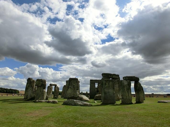 Megalitlere Örnek : Stonehenge