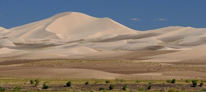 Gobi Çölü - Sıcak Kumullardan bir görüntü (Moğolistan)
