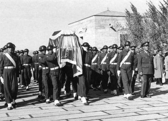 Atatürk'ün Son Günleri ve Ölümü