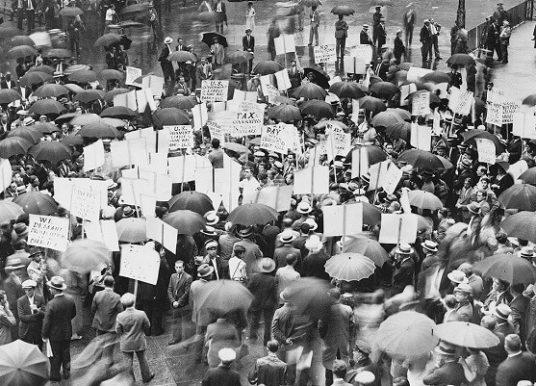 1929 Büyük Buhran'ın Ortaya Çıkışı, Nedenleri ve Sonuçları Nelerdir?