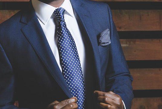 Takım Elbise Giymenin Püf Noktaları, Gömlek Seçimi ve Diğer İpuçları