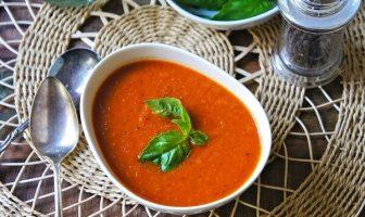 Fesleğenli Domates Çorbası