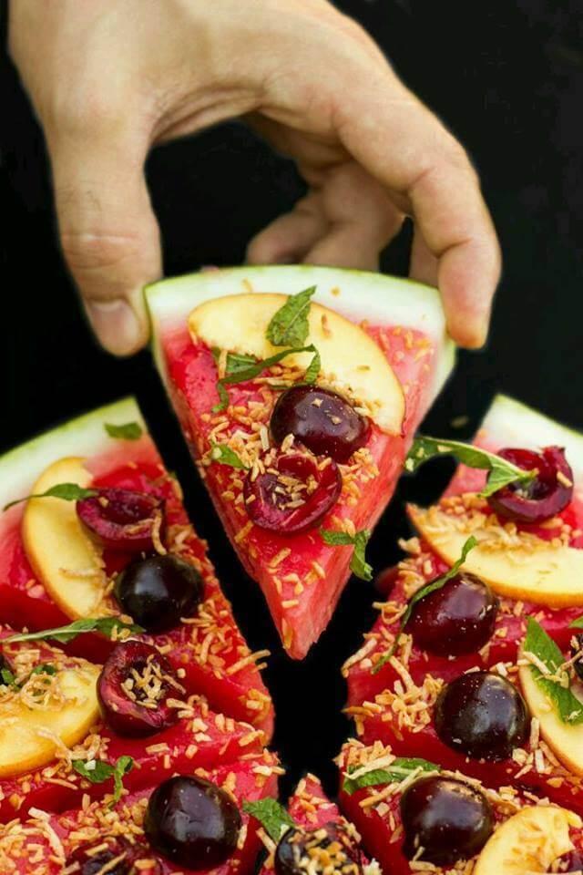 Meyveli Pizza
