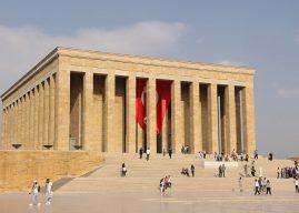 Anıt Mezar ve Anıtsal Heykellerin Özellikleri, Önemli Örnekleri Hakkında Bilgi