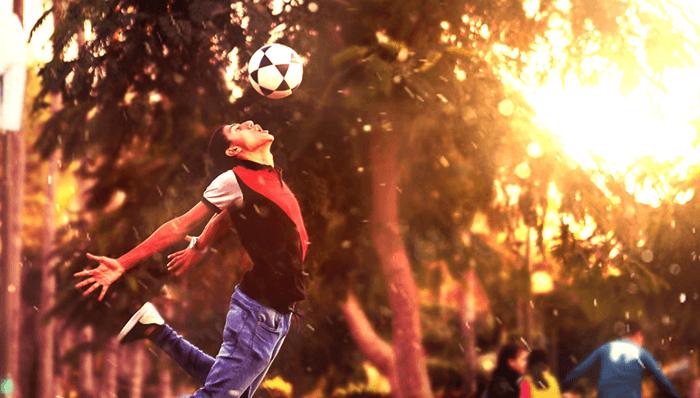 Futbol Kafa Vuruşu