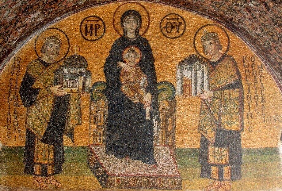 Ayasofya'da İsa'yı tutan Meryem