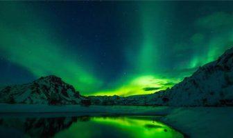 İzlanda'da Kuzey Işıkları Böyle Gözükür...