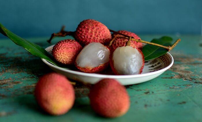 liçi meyvesi