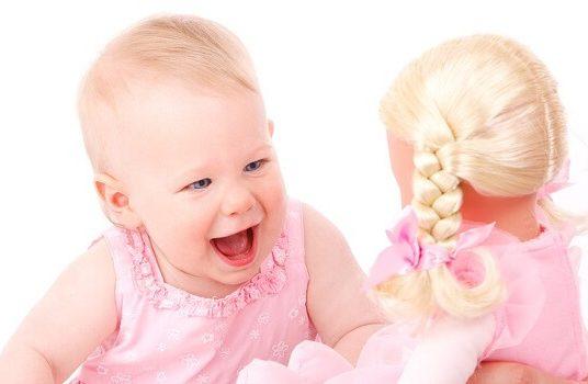 Çocuk Gelişiminin Evreleri Nelerdir? Çocukluk ve Büyümenin Ana Hatları