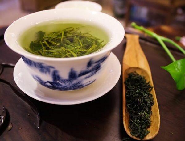 Yeşil Çay Zayıflatır Mı? Yeşil Çay Nasıl Demlenir? Etkileri Nelerdir?