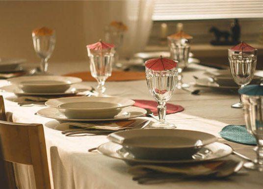 Evde Davet Vermenin İncelikleri ve Dikkat Edilmesi Gereken Noktalar
