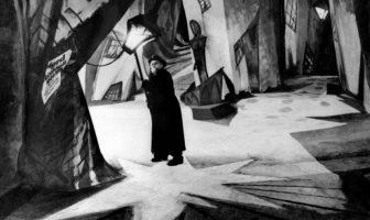 Das Kabinett des Dr. Caligari (1919; Dr. Caligari'rıin Muayenehanesi)