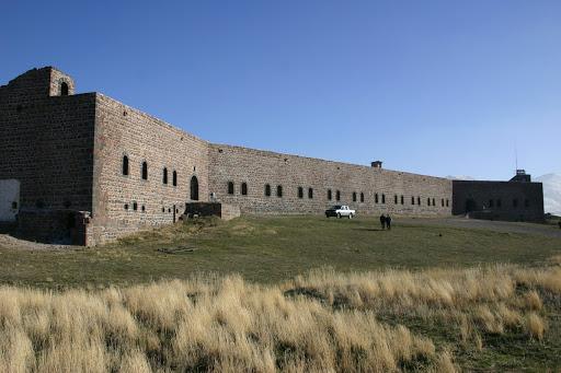 Nenehatun Tarihi Milli Parkı
