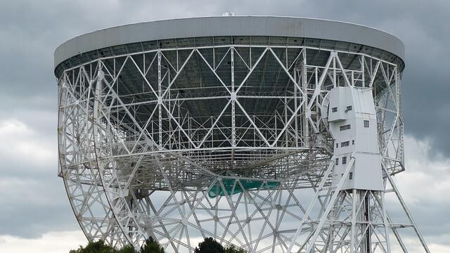 Lovell'in teleskopu, radyo teleskoplarını yepyeni bir seviyeye taşıyor