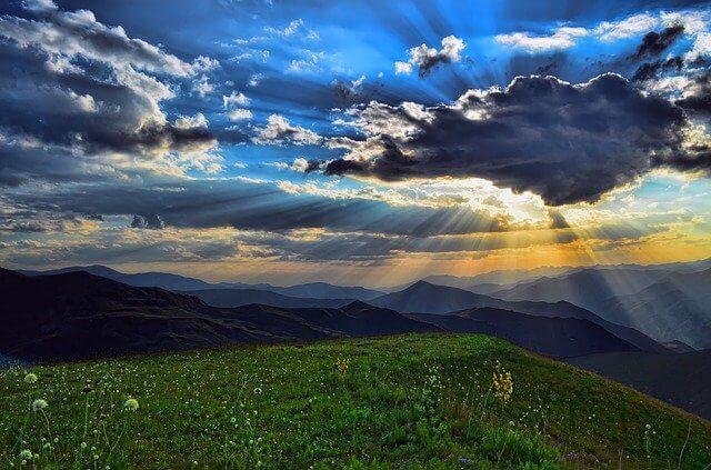 Cennet Kavramı ve Dini İnançlara Göre Cennet Nasıl Bir Yerdir?